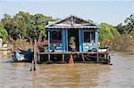 Tonle Sap Lake, Vietnamese Boat People, near Siem Reap, Cambodia, Indochina, Southeast Asia, Asia