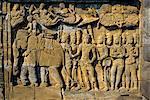 Sculptures en relief sur la Frise sur le mur extérieur du temple bouddhiste, Borobudur (Borobudur), Java, Indonésie