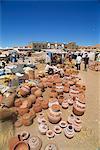 Pots à vendre, commercialiser la scène, Tinejdad (Maroc), en Afrique du Nord, Afrique