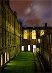 Vue de la Cour de George IV Bridge, Old Town, Édimbourg, Écosse