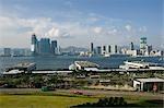 Périphérique Island Ferry Piers forestières donnant sur Kowloon skyline, Hong Kong