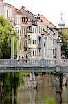 Cobblers pont franchissant la rivière Ljubljanica, Ljubljana, Slovénie, Europe