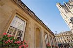 L'abbaye et réflexion dans la fenêtre des bains, bain, patrimoine mondial de l'UNESCO, Avon, Angleterre, Royaume-Uni, Europe
