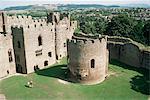 Église ronde et Great Hall, château de Ludlow, Shropshire, Angleterre, Royaume-Uni, Europe