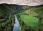 River Aveyron near St. Antonin, Midi Pyrenees, France, Europe