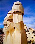 Cheminées, de l'architecture de Gaudi, la Casa Milà, La Pedrera, Barcelone (Catalogne) (Catalunya), Espagne, Europe