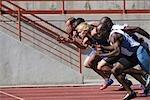 Sprinters laissant les Starting Blocks