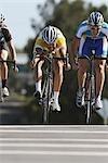 Cyclistes sur la route