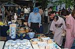 Femmes en kimono, marché aux puces mensuel, Tokyo International Forum, Marunouchi, Tokyo, Japon, Asie