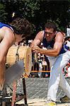 Ouvrez une session coupe compétition homme fort, au cours de la San Fermin, fonctionnement de la Festival de taureaux, Pampelune, Navarre, pays basque, Espagne, Europe