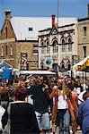 Visiteurs au marché de Salamanca Street, Hobart, Tasmanie, Australie, Pacifique