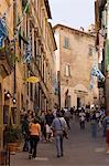 Via di Gracciano nel Corso, Montepulciano, Val d'Orcia, province de Sienne, Toscane, Italie, Europe