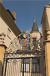 Portail en fer forgé avec armoiries, Palais Royal, Luxembourg, Europe