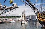 Activité du grand voilier dans le port intérieur, Whitehaven. Cumbria, Angleterre, Royaume-Uni, Europe