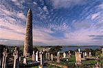 Tour près de la cathédrale de St Declan ronde datant du XIIe siècle, 30 m de haut, Ardmore, comté de Waterford, Munster, Irlande, Europe