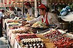 Wangfujing Snack Road, Wangfujing Dajie shopping district, Beijing, Chine, Asie