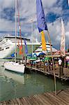 Bateaux de croisière, Heritage Quay, Saint-Jean, île d'Antigua, Antigua et Barbuda, îles sous-le-vent, petites Antilles, Antilles, Caraïbes, Amérique centrale