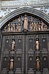 Détail de la porte, la cathédrale Saint-Patrick, Midtown Manhattan, New York City, New York, États-Unis d'Amérique, l'Amérique du Nord