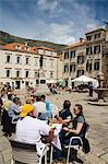 Outdoor dining in Gundulic Square, Dubrovnik, Dalmatia, Croatia, Europe