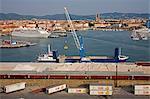 Cargo de déchargement, Port de Livorno, Toscane, Italie, Europe