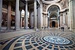 Innenraum des Pantheons, Paris, Frankreich