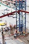 Erhöhte Ansicht Bauarbeiter auf einer Baustelle arbeiten