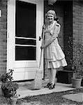 1940s WOMAN BROOM PORCH DOORWAY SWEEP HOUSEWIFE