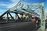 Queen Street Viaduct, rue Queen, Toronto, Ontario, Canada