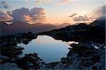Maumturks, Co Galway, Irlande ; Piscines au sommet du Knocknahillion