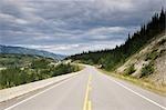 Route de l'Alaska près de Whitehorse, territoire du Yukon, Canada