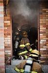 Vue arrière des pompiers