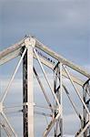 Grimpeurs traversent les poutres d'acier du pont histoire de Brisbane. Le Bridge Climb Aventure histoire sur structure iconique de Brisbane est l'un de seulement quatre de ces expériences dans le monde.