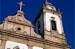 Salvador de Bahia, Brésil. Au sein de la vieille ville, un site du patrimoine mondial de l'UNESCO, la façade de l'église de Sao Francisco et le couvent de Salvador.