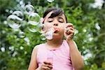 Mädchen Blasen Blasen