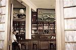 Cuba, la Havane. La Terraza de Cojimar, restaurant local, rendu célèbre par son association avec Ernest Hemmingway et sa vie