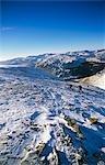 Angleterre, Cumbria, Lake District. Randonnée dans la région des lacs en hiver.