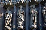 En Angleterre, Worchestershire, Worchester. Cathédrale de Worcester - une cathédrale anglicane située sur une rive qui surplombe la rivière Severn. Son nom officiel est l'église cathédrale du Christ et la Vierge Marie - ici vu du côté du Sud.