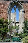 Wells, Somerset, l'Angleterre. La cathédrale de Wells il dérive nom provient des trois puits dédié à Saint André, un sur le marché et deux dans l'enceinte du palais épiscopal et la cathédrale. Construit entre 1175 et 1490, cathédrale de Wells a été décrit comme le plus poétique des cathédrales anglais