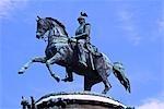 Russie, Saint-Pétersbourg. Statue de Nicolas premier sur la place Saint-Isaac.