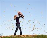 mère bébé de levage aviation de feuilles
