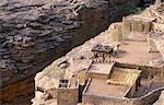Chambre, salle de réunion (Casa palava) et grenier à Dogon House sur le plateau de Bandiagara, désigné patrimoine mondial de l'UNESCO en 1989