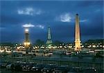 Scène de nuit de Paris, obélisque de la Concorde et la tour Eiffel en arrière-plan