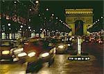 France, Paris, Arc de Triomphe de nuit