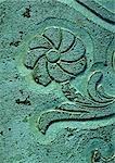 Malte blaue Stein geschnitzt mit Blume, Nahaufnahme