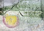 . texte, peinte sur la surface écaillée