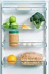 Kühlschrank mit gesunden Lebensmitteln