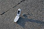 Handy auf Boden