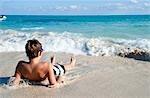 Garçon de Surf, Playa del Carmen, péninsule du Yucatan, Mexique