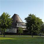 Serpentine Pavilion, Serpentine Gallery, Hyde Park, Londres. 2007. Les artisans : Olafur Eliasson et Kjetil Thorsen