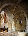 Prieuré de Chester. Vue de la chapelle dans le transept nord.